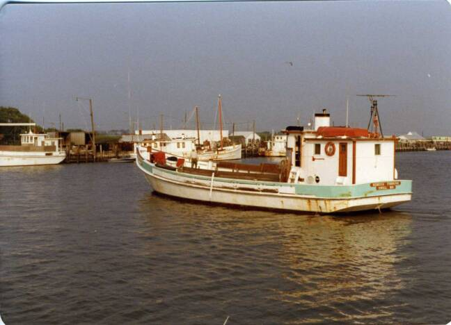 Buyboat Rebecca Forbush at Saxis, Va. 1982