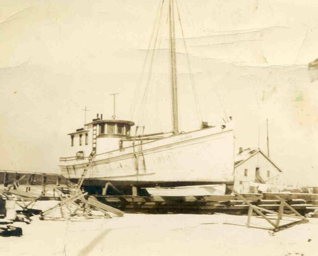Oyster Buyboat J.C. Drewer under construction