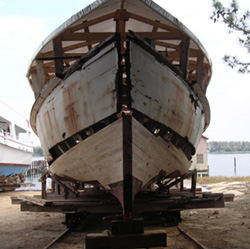 wooden oyster buyboat F.D Crockett.jpg