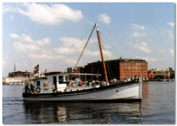 wooden oyster buyboat Mildred Bell.jpg