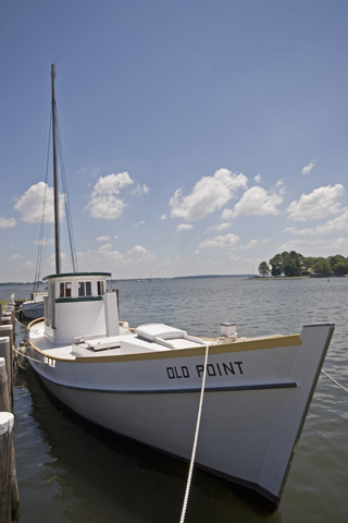 Oyster Buyboat Old point.jpg