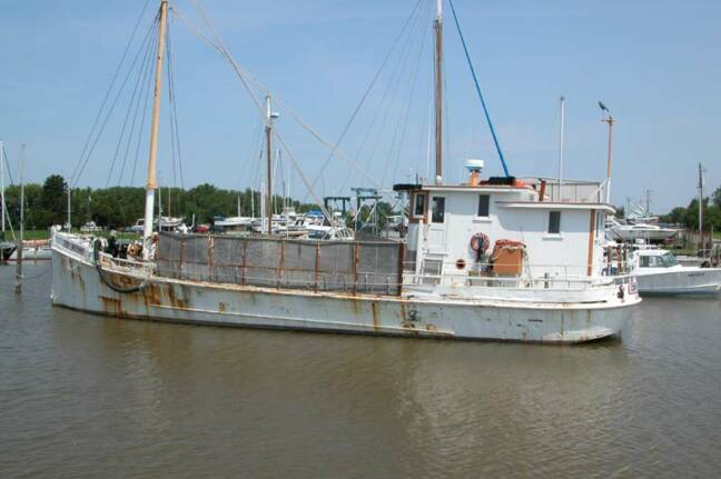 Oyster Buyboat in Chestertown, MD.jpg